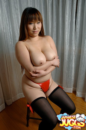 Ran displays her big awesome Japanese tits